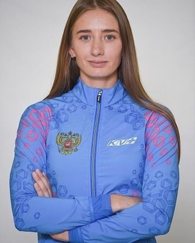 Российские биатлонисты Эдуард Латыпов и Светлана Миронова стали лучшими в итогов...