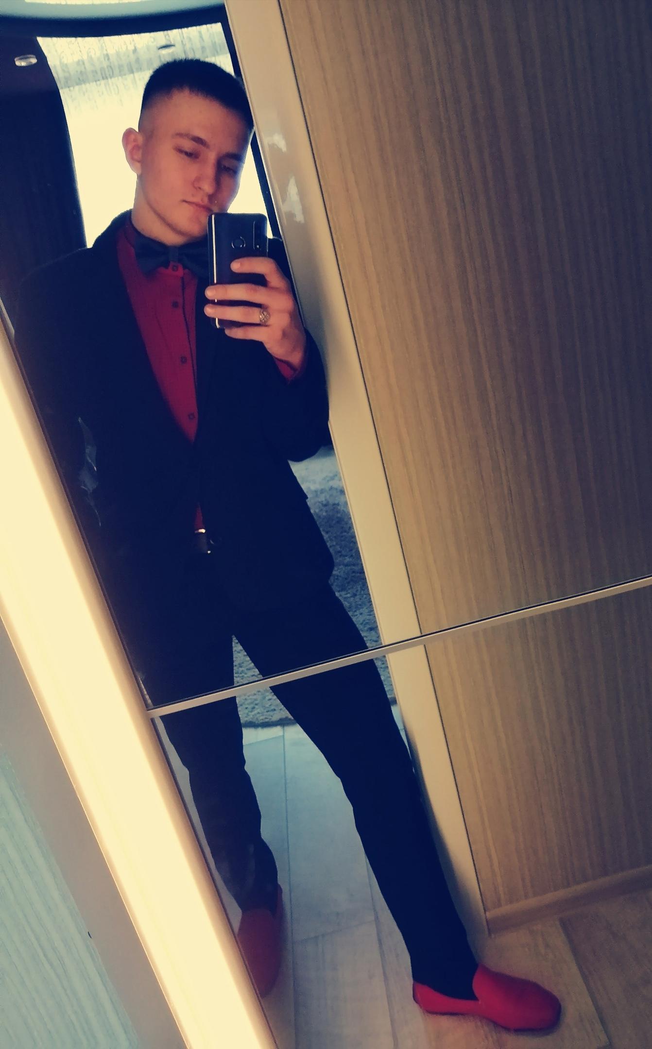 Яша, 18, Biysk