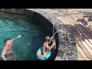Сергей Лазарев показал видео с сыном на отдыхе в Греции