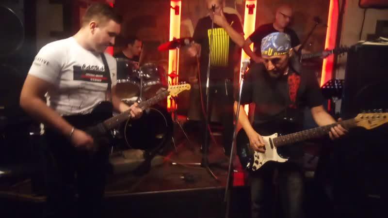 ПИРАМИДА - Gone Shootin' (Кавер-вечер группы AC/DC. Gung'Ю'бazz Bar (Донецк) 9.08.19.)