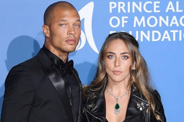 СМИ: Хлоя Грин и Джереми Микс станут родителями