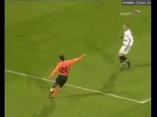 Супер гол Матузалема в ворота Севильи.
