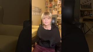Юлия Меньшова: Зачем улыбаться незнакомцам? (НОВОЕ ВИДЕО)